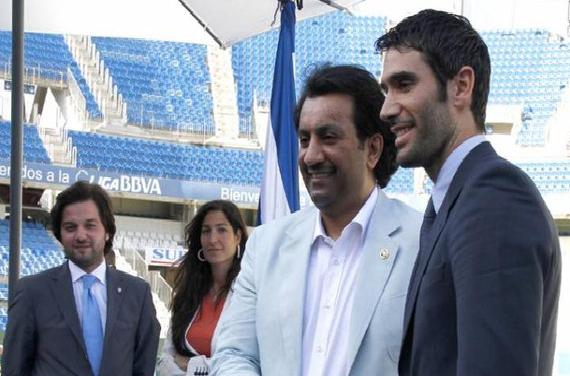 عبدالله آل ثاني يهدد: سأنزل برشلونة إلى الدرجة الثالثة