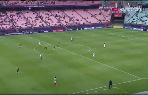 بالفيديو.. هدف عكسي من منتصف الملعب في كأس العالم تحت 20 سنة!