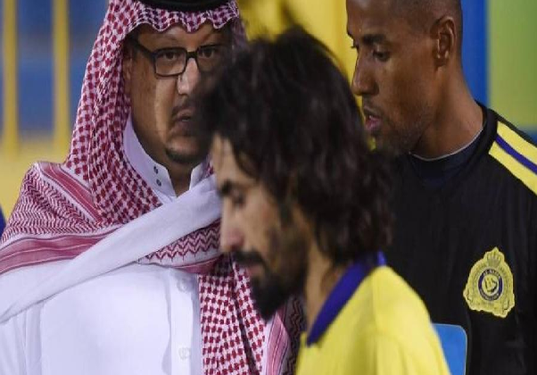 قائد النصر يقرر ختام مشواره الكروي في قطر