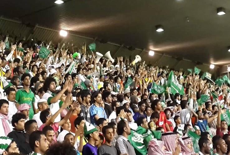 رابطة مشجعي الأخضر معلّقة بسبب الخطوط القطرية