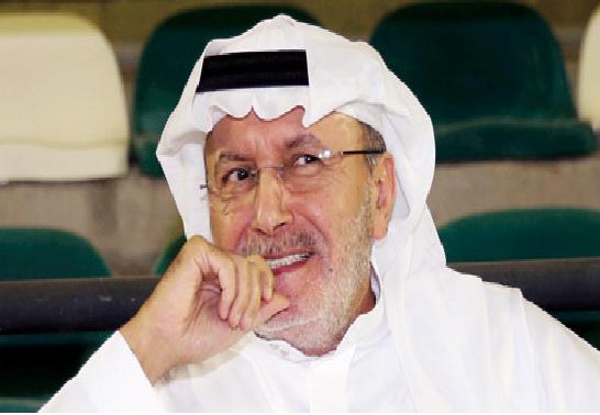 خالد بن عبدالله يتكفل برواتب لاعبي الأهلي