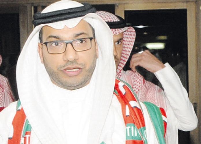 الجماهير تحاصر خالد الدبل بسبب صفقتي نادي الهلال