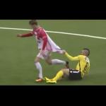 بالفيديو.. لاعب يعرقل منافسه بطريقة غريبة في الدوري النرويجي!
