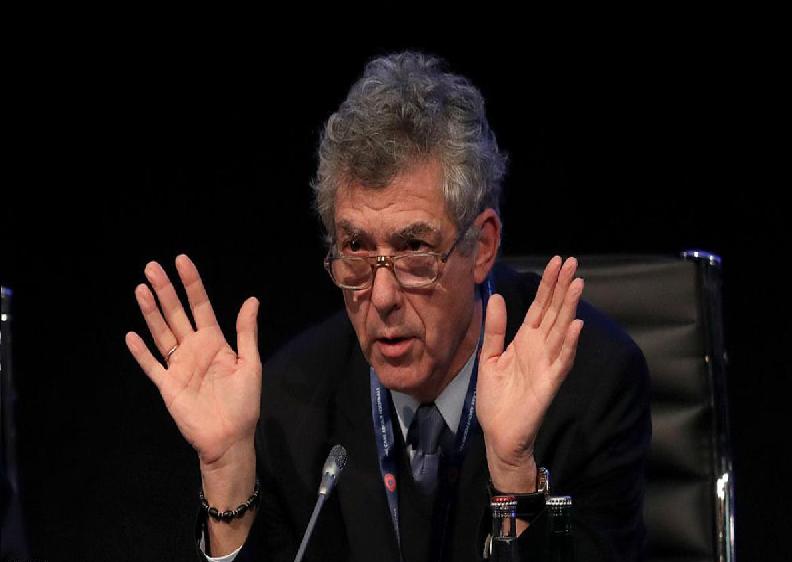 الادعاء الإسباني يطالب بسجن رئيس اتحاد الكرة