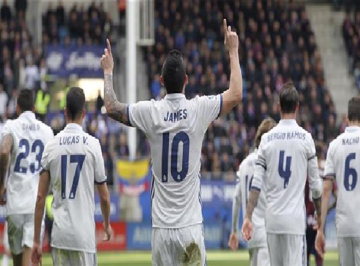 """نجما ريال مدريد يتنافسان على القميص """"الملعون"""""""