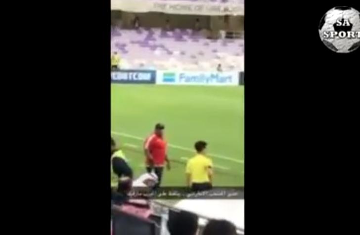 بالفيديو.. مدير المنتخب الإماراتي يتلفظ على مدرب المنتخب السعودي