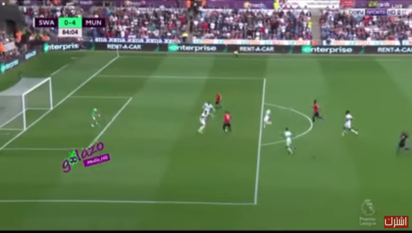بالفيديو.. مانشستر يونايتد يغرق سوانزي في خمس دقائق ويعزز صدارته للدوري الإنكليزي