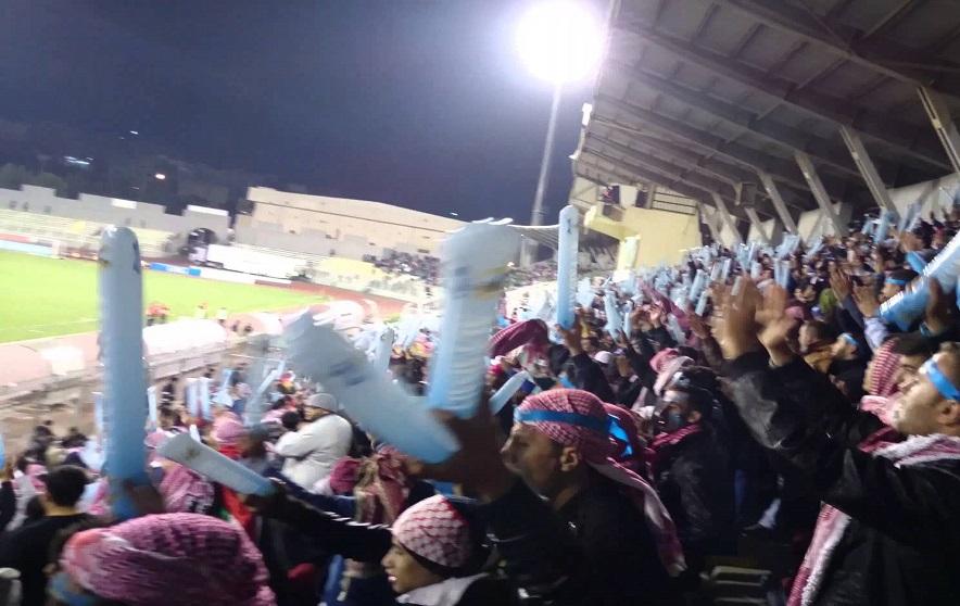 بالفيديو.. اعتقال العشرات من مشجعي نادي الفيصلي الأردني في مصر