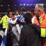 بالفيديو : شجار عنيف بين لاعبي إيفرتون وليون