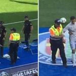 """لحظة اعتقال """"رونالدو"""" في مباراة خيتافي"""