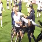 بالفيديو.. إلغاء مباراة إثر شجار عنيف بين اللاعبين