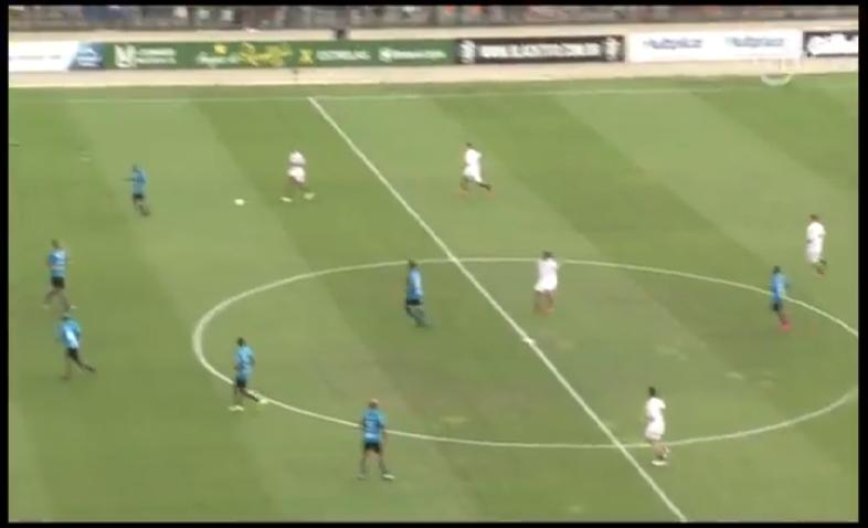بالفيديو.. هدف عالمي من رونالدينيو في مباراة خيرية