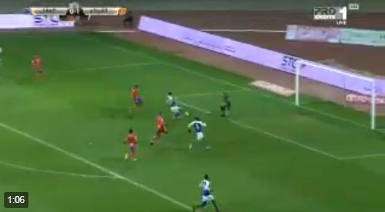 بالفيديو.. ياسر الشهراني يسجل هدف التعادل للهلال في شباك الفيحاء