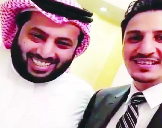 """بالفيديو..تركي آل الشيخ يدعم التمياط لمنصب """"آسيوي"""""""