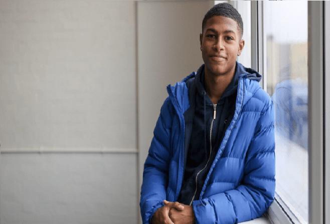 قصة لاعب من ليفربول عانى الأمرين مع العنصرية