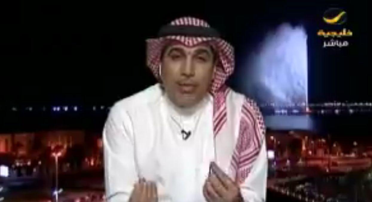 بالفيديو: حاتم خيمي يكشف عن الشئ الوحيد الجميل في مباراة الأهلي وتراكتور الإيراني!