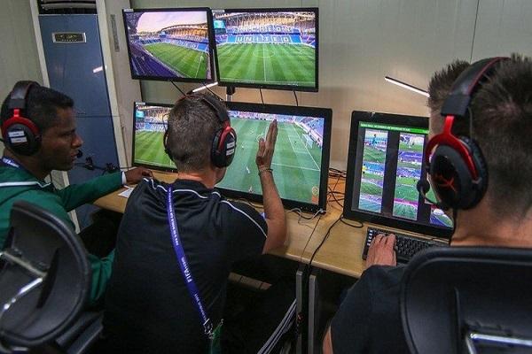 """""""الفيفا"""" يقر استخدام تقنية الفيديو في مونديال روسيا 2018"""