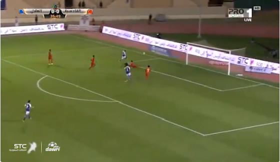 بالفيديو.. محمد الشلهوب يسجل الهدف الأول للهلال في شباك القادسية