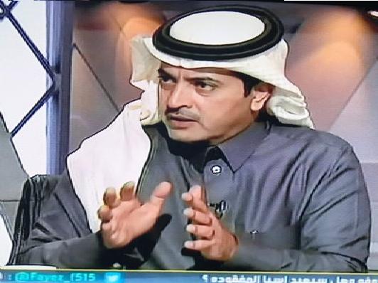 """عبدالله بن زنان.. هذا المدرب تغييره ترف وبقاءه قيمة ومغرد يعلق """"لا تشيل هم المدرج وراه"""""""