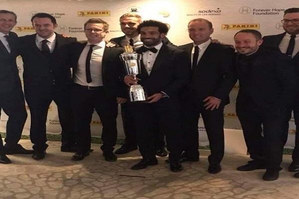 بالفيديو والصور.. محمد صلاح يفوز بجائزة أفضل لاعب في الدوري الإنجليزي هذا الموسم