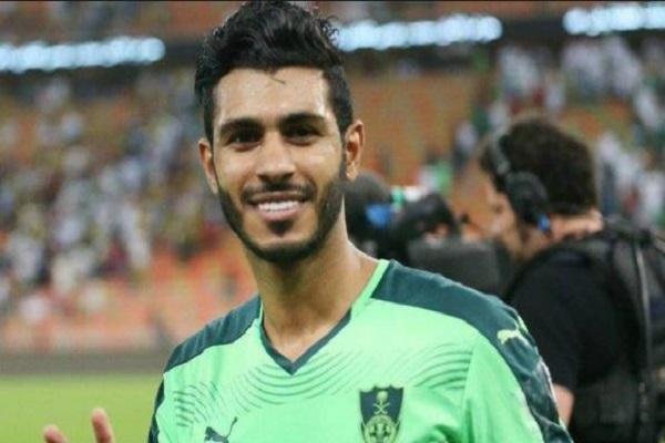 """""""الأهلي"""" يمدد عقد آل فتيل حتى 2021"""