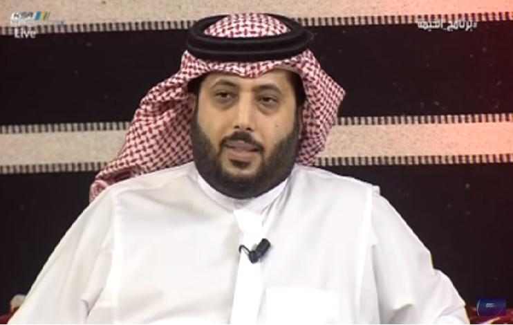 """بالفيديو.. تركي آل الشيخ: بعض أعضاء الشرف يدفع الدفعة الأولى من عقد اللاعب و """"يسحب"""" على النادي!"""