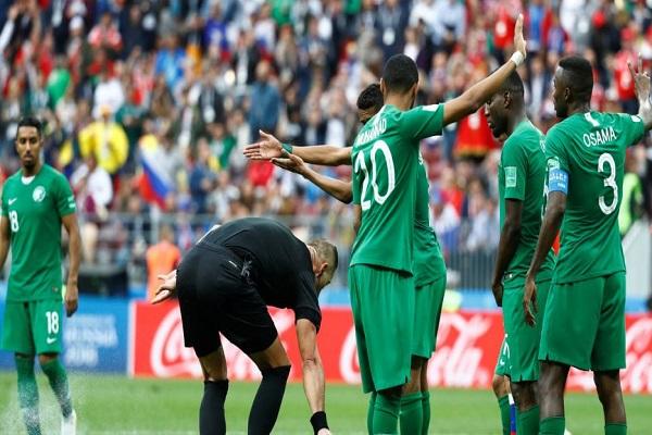 لاعب أوروغواي: الخماسية الروسية لن تؤثر على الأخضر