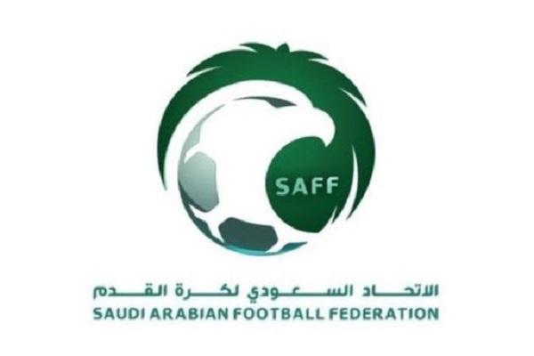 """""""اتحاد الكرة"""" يقرر زيادة عدد اللاعبين الأجانب إلى 8 لاعبين"""