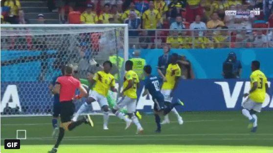شاهد بالفيديو..أسرع بطاقة حمراء للاعب المنتخب الكولومبي!
