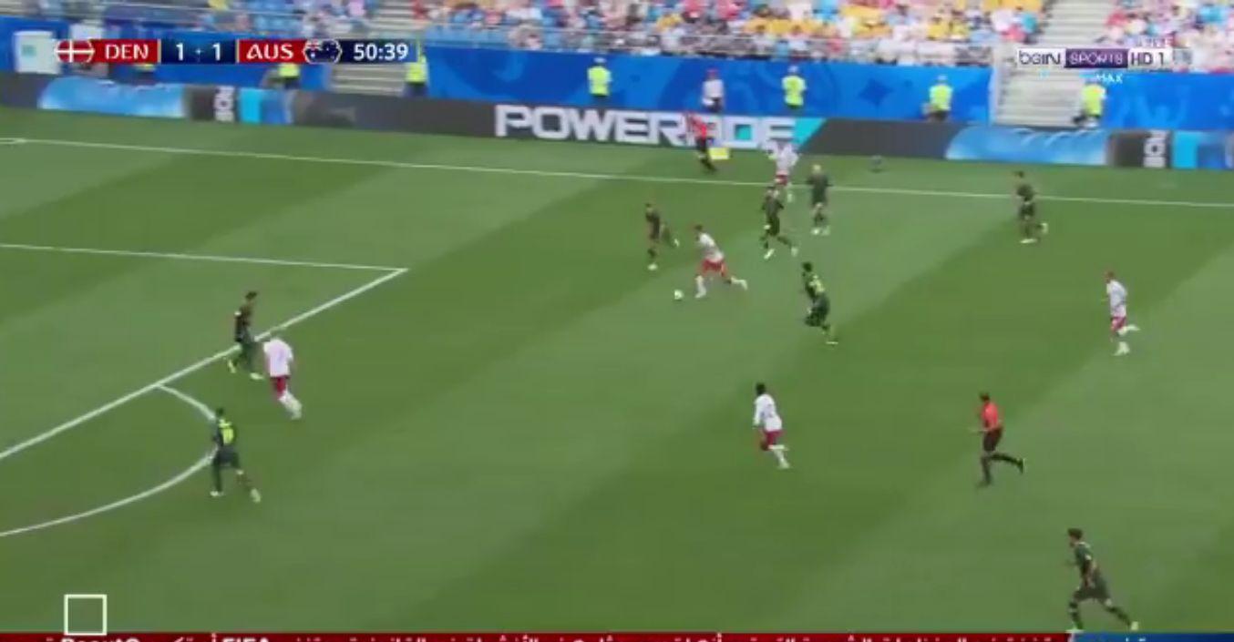 بالفيديو..فرصة هدف مؤكد تضيع من الدنمارك أمام استراليا!