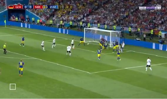بالفيديو.. فرصة خطيرة تضيع من المنتخب الألماني
