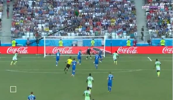 بالفيديو.. نيجيريا تسجل الهدف الأول في شباك أيسلندا