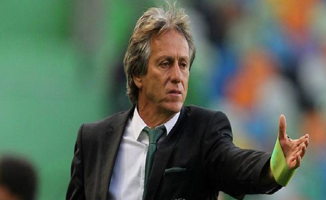 الهلال يرفض التعاقد مع لاعبين سعوديين