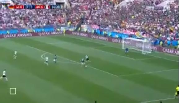 بالفيديو.. فرصة لا تصدق تضيع على منتخب المكسيك