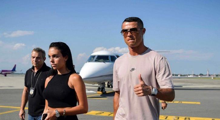 بالفيديو.. كريستيانو رونالدو يتجاهل نهائي كأس العالم 2018 ويصل إلى تورينو