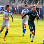 نجم منتخب الأوروغواي يقترب من شعار النصر