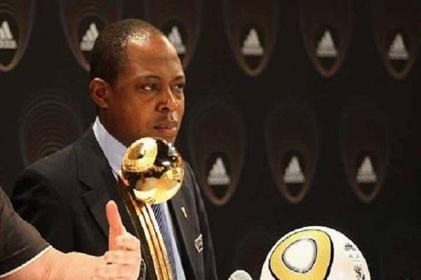 إيقاف رئيس الاتحاد الزامبي بسبب تلقيه هدايا ورشاوى قطرية