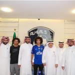 """أول تعليق لرئيس العين الإماراتي عقب انضمام """"عموري"""" لنادي الهلال"""