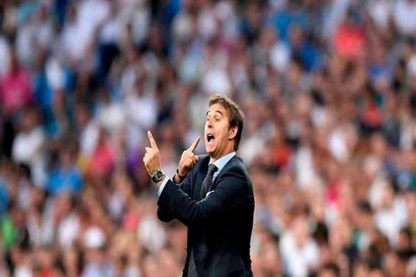 """مدرب ريال مدريد يهرب من """"السؤال الأهم""""!"""