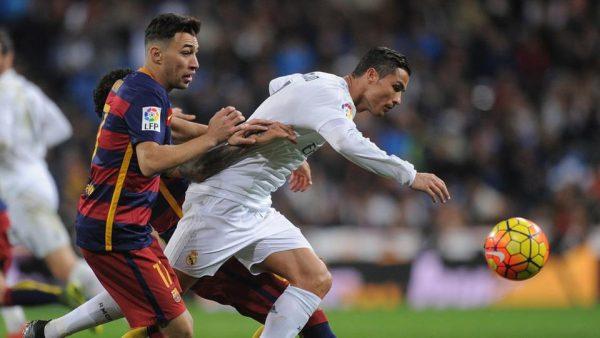 مشكلة للاعب برشلونة في ملهى ليلي.. والشرطة تتدخل!