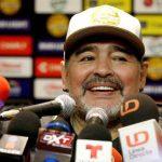 مارادونا ساخرا من ميسي: لا يصلح لقيادة المنتخب لهذا السبب