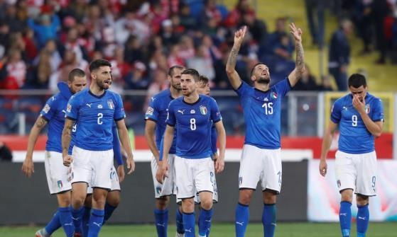 دوري الأمم الأوروبية: إيطاليا تخطف الفوز من بولندا بالوقت القاتل (فيديو)