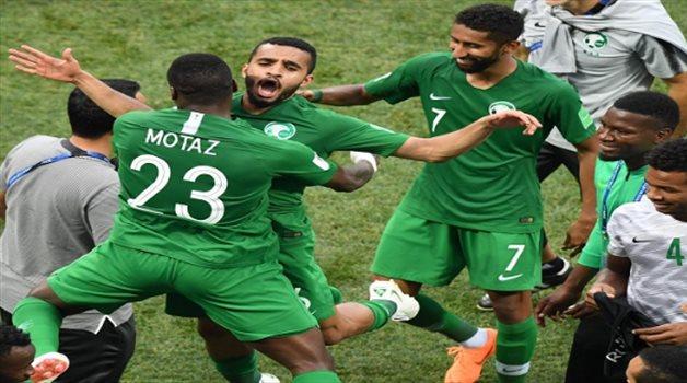 """لاعب الأخضر يكشف سبب """"غيابه المفاجئ"""" عن مواجهة العراق"""