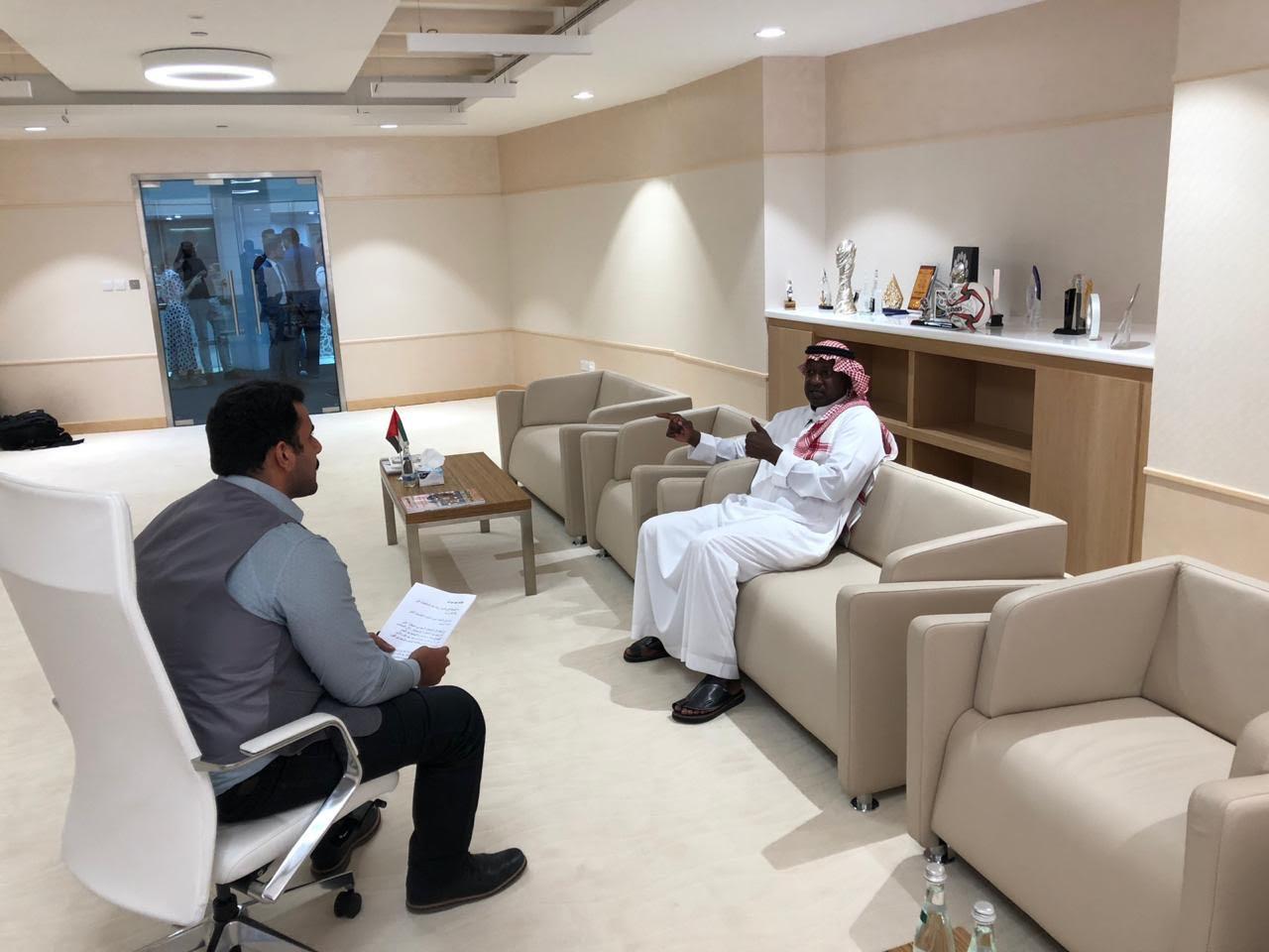 """بالفيديو.. """"ماجد عبدالله"""" يكشف حظوظ الأخضر في البطولة الآسيوية.. ويعلق على تصريحات """"بيتزي""""!"""
