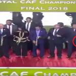 بالفيديو.. رئيس الأهلي يضع ميدالية الترجي الذهبية في جيبه