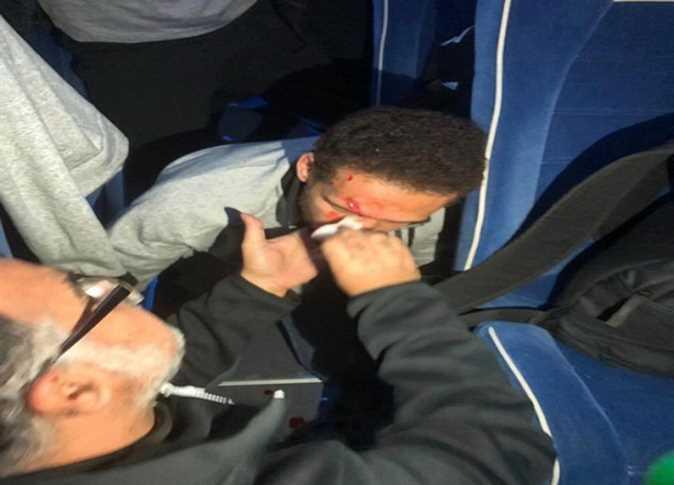 حافلة لاعبي الأهلي المصري تتعرض لهجوم بالحجارة من قبل بعض جماهير الترجي