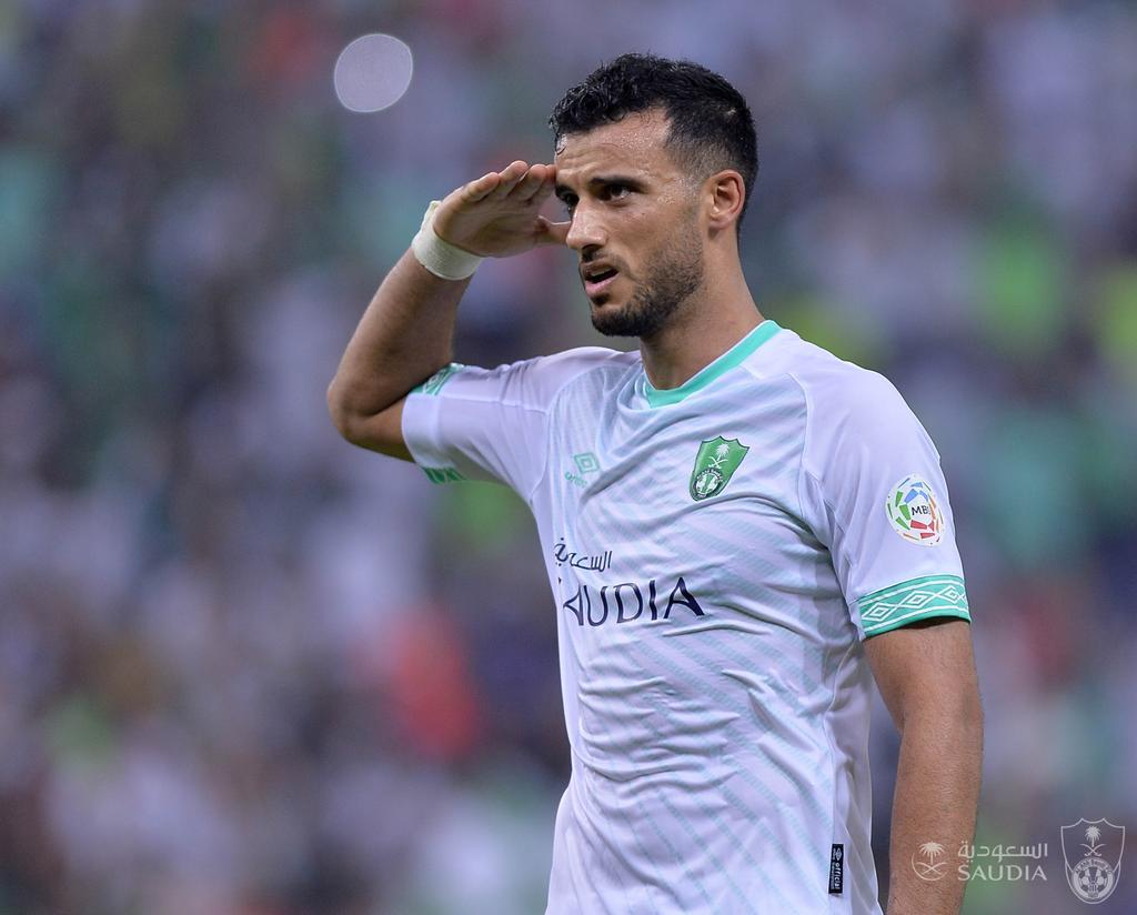 """شاهد..""""السومة"""" يوجه رسالة لـ """"محمد صلاح"""" بعد تتويج ليفربول"""