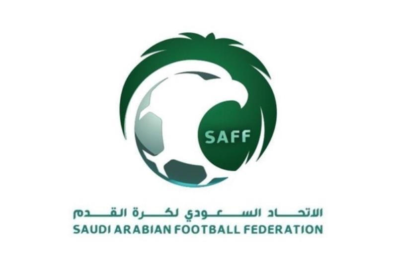 بدعم من آل الشيخ.. إعادة الحكم السعودي إلى التحكيم في الدوري!
