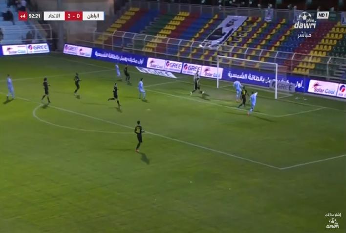 شاهد.. هدف الباطن في شباك الاتحاد بالدقائق الأخيرة من المباراة!