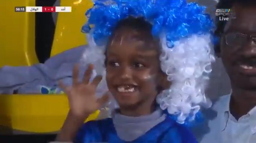 شاهد.. ردة فعل طفل هلالي على هدف غوميز